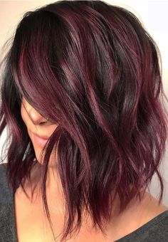 50 Purple Hair Color Ideas for Brunettes You Will Love in 2019 - Short Pixie Cut. - 50 Purple Hair Color Ideas for Brunettes You Will Love in 2019 – Short Pixie Cuts - Pelo Color Vino, Pelo Color Borgoña, Hair Color Purple, Cool Hair Color, Cherry Hair Colors, Black Cherry Hair Color, Red Purple Hair Color, Color For Curly Hair, Short Hair Colour