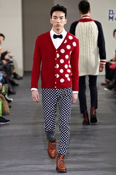 MUNSOO KWON 2013 Fall/Winter Collection --  This is such an amazing outfit.  So young.
