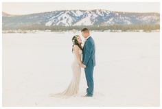 This enchanted wedding day in Big Bear Lake, California is loaded with fairytale charm. Set in the snowy Southern California mountains, this elopement is straight out of winter wonderland!