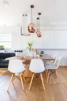 projekt: Agnieszka Morawiec, zdjęcia: Pion Poziom Marta Behling Dining Room, Dining Table, Eames, Chair, Furniture, Home Decor, Decoration Home, Room Decor, Dinner Table