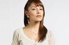 Rosaura - Interpretado por Alma Rodríguez.