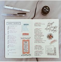 bullet journal bujo planner ideas for weekly spreads studygram study gram calligraphy writing idea inspiration month dates study college leaf layout one page tips quotes washi tape Bullet Journal Banners, Planner Bullet Journal, Bullet Journal Hacks, Bullet Journal Spread, Bullet Journal Layout, My Journal, Journal Pages, Bullet Journals, Study Journal