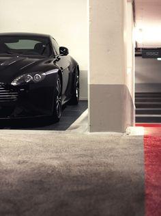 thinkingbeyondborders: Aston Martin Vantage V12 Aston Martin V12 Vantage, Aston Martin V8, One Drive, Luxury Cars, Dream Cars, Nissan, Automobile, Motors, Planes