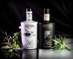 Olijfolie extra vierge - 100% manzanilla olijven van Hazienda Guzman Een familiebedrijf met meer dan 4 generaties ervaring in het maken van de beste olijfoliën. Van deze olijfolie extra vierge worden slechts 10.000 flessen gemaakt. De olijfolie is gemaakt van de 100% manzanilla