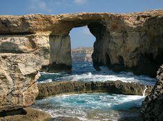 """""""Azure Window"""" — Isla maltesa de Gozo   15 majestuosos lugares bajo el agua que necesitas visitar antes de morir"""