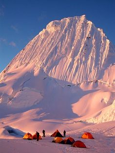 Alpamayo Base Camp, Cordillera Blanca, Peru / extreme camping