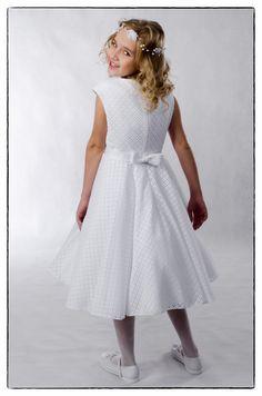 203ed23231 Venus Suknie ślubne komunijne ubranka do chrztu · Do komunii