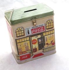 Drink Coca cola collectible tin coin bank old fashion grocery store piggy bank Tin House, Tin Containers, Tea Tins, Money Box, Vintage Tins, Vintage Advertisements, Grocery Store, Piggy Bank, Coca Cola