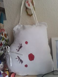 Bruno-Zosia: SIEDZE I PIERDZE W STOLEK!! Reusable Tote Bags, Throw Pillows, Toss Pillows, Cushions, Decorative Pillows, Decor Pillows, Scatter Cushions