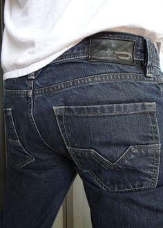 DIESEL Industry Men Jeans Larkee Wash 0088Z Low Rise Regular Straight 30 x 30 #DIESEL #ClassicStraightLeg