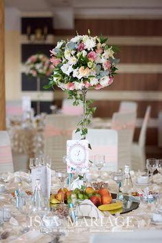 Decor Wedding, Wedding Ceremony, Wedding Decorations, Table Decorations, Crystal Palace, Flower Centerpieces, Restaurant, Flowers, Home Decor