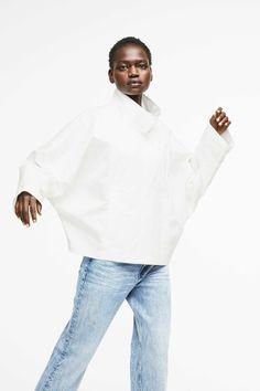 Drykorn Damen Jacke Lambeth Weiss | SAILERstyle Trends, Mens Tops, Fashion, Hot Pink Fashion, Mandarin Collar, Jackets, Clothing, Moda, Fashion Styles