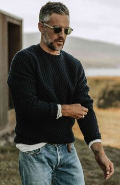 Mode Masculine, Stylish Men Over 50, Most Stylish Men, Stylish Man, Older Mens Fashion, Man Fashion, Classic Mens Fashion, Classic Mens Style, Rugged Mens Style