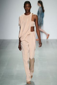 Lucas Nascimento Spring 2015 Ready-to-Wear - Collection - Gallery - Look 1 - Style.com