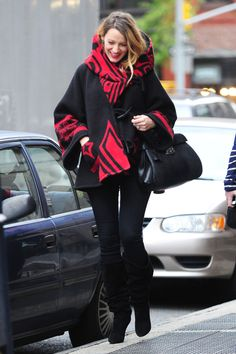 5 times Blake Lively perfected pregnancy style