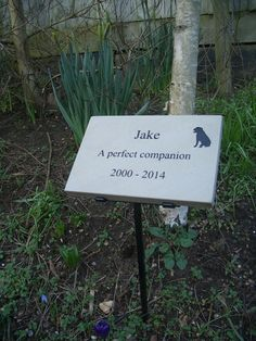 Pet memorials reflect the deep feelings and emotions we have for our pets.