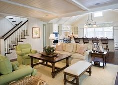 Classic Nantucket Shingled Beach House - Guest House: The guest house has everything you could wish for, from inviting and comfy furniture to a large kitchen.