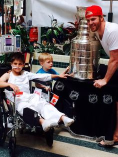 Bryan Bickell took the Stanley Cup to Sick Kids Hospital in Toronto,ON during his Cup Day! #StanleyCup