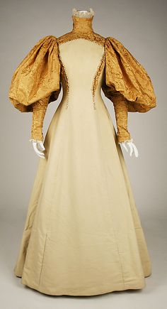 Bridesmaid dress (image 1)   House of Worth   French   1896   no medium available   Metropolitan Museum of  Art   Accession Number: C.I.41.14.2