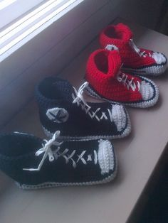 Tossuja, tossuja ...... Baby Shoes, Kids, Clothes, Fashion, Young Children, Outfits, Moda, Boys, Clothing