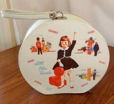 Vintage Children's Travel Case 1960's~~