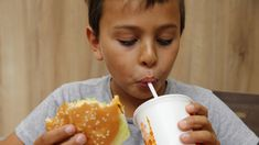 For the first time in history, burgers are winning out over traditional sandwiches in France. Hamburgers, Baguette, First Time, Sandwiches, Mad, France, Traditional, History, Desserts