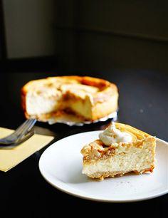 Cinnamon Swirl Cheesecake recipe | Chefthisup