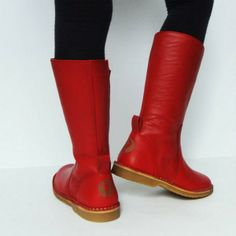 NR.9 PERFECT CHRISTMAS BOOTS www.DEVRIES1972.com