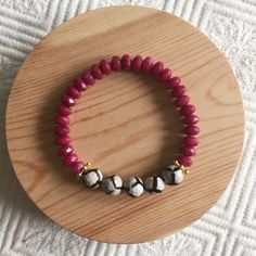 New to MesaBlue on Etsy: Tibetan Agate and Jade Beaded Bracelet (28.00 USD)