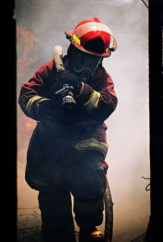 Heroe by Hermano Lobo, via Flickr