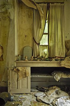 Why did they leave stuff? did they have so much stuff and only took the best ? were they killed ?  Abandoned farm house, Annie Neilsen.