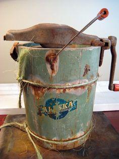 Reserved-Vintage Alaska Brand Ice Cream Maker Hand Crank