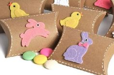 Cute Easter gift boxes featured in the Todo Papel Etsy shop.