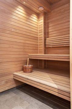 Bastu - Arkitektritad våning på Ulriksborgsgatan 7 i Stockholm - Roomly.se inredning och möbler på nätet Sauna House, Sauna Room, Pintura Exterior, Sauna Design, Outdoor Sauna, Finnish Sauna, Steam Sauna, Steam Room, Saunas