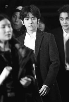 Baekhyun - 160114 25th High1 Seoul Music Awards, red carpet Credit: Some. (제25회 하이원 서울가요대상)