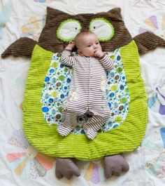 This OWLdorable Floor Mat is perfect for your little one's nursery. It would make a very special gift that will be treasured.  Get the details now and don't miss the vintage Teddy Bear Floor Rug Quilt Pattern!