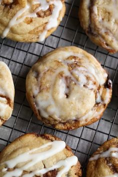 Easy Cookie Recipes, Best Dessert Recipes, Fun Desserts, Sweet Recipes, Baking Recipes, Strawberry Cinnamon Rolls, Buttery Cookies, Spritz Cookies, Crinkle Cookies