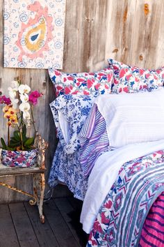 cute colorful bedding - love the blue and white with the blue, pink, and white
