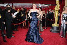 Twilight 'dan tanıdığımız Kristen Stewart'ın en şık hallerinden biri, ne dersiniz?