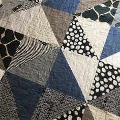 Vast inspired HST quilt - with a manly colour palette