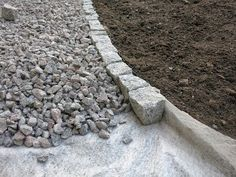 GRAVEL WALK - Piha - Garten shed landscaping shed landscaping landscaping flower beds landscaping gravel of shed landscaping Driveway Landscaping, Landscaping With Rocks, Outdoor Landscaping, Landscaping Ideas, Garden Edging, Garden Paths, Diy Garden, Garden Beds, Back Gardens