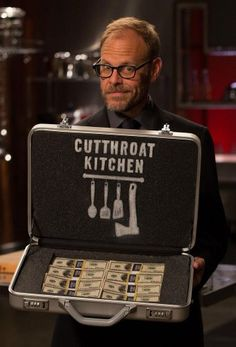 [RR/RRW/UL] Cutthroat Kitchen S09E07 Camp Cutthroat If It Bleeds We Can Skillet 480p HDTV x264-RMTeam (337MB) Free Obtain