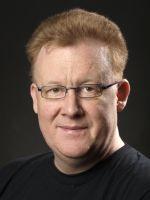 Wolfgang Ring, geboren 1968 in Wolfhagen bei Kassel. Neben seiner beruflichen Tätigkeit im öffentlichen Dienst, war er in seiner Freizeit als Spiel- und Softwareentwickler tätig. Neben verschiedenen Programmen, die aus seiner Feder stammen, brachte er 1996 eine CD-ROM zum Thema Kornkreise heraus.