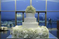 Decoração de bolo dos noivos By Bloom Creative
