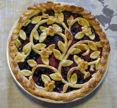 Triple Berry Pie by  kathryn, instructables: Wow! #Berry_Pie #Pie #instructables