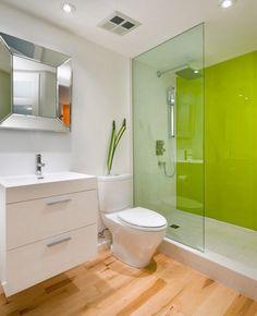 glas-statt-fliesen-bad-wandpaneel-gruen-glas-duschwand