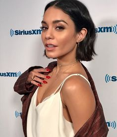"breathtakingwomen: ""Vanessa Hudgens at SiriusXM Studios June, "" Hairstyles For Round Faces, Cool Hairstyles, Bridal Hairstyles, Hair Day, New Hair, Hair Inspo, Hair Inspiration, Vanessa Hudgens Short Hair, Vanessa Hudgens Makeup"
