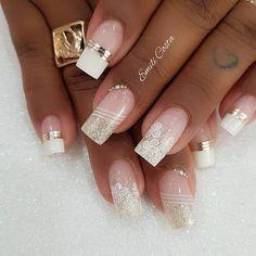 Very pretty sophisticated or wedding look! Toenails, Gel Nails, Acrylic Nails, Cute Nail Polish, Cute Nails, Winter Nails, Summer Nails, Winter Nail Designs, Elegant Nails