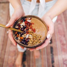 We love smoothies bowls. You love smoothie bowls. Everyone loves smoothie bowls. The only thing we love more? Cacao Smoothie, Smoothie Bowl, Smoothies, Buckwheat, Almond Butter, Superfoods, Acai Bowl, Blueberry, Smoothie