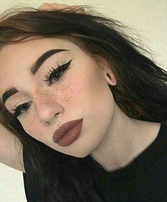 ☆ pinterest// sydharrisx ☆ dark lip, wing eyeliner, bold brows, contour, beautiful